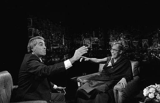 Tom Snyder, left, with the Dalai Lama, hosted