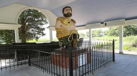 The Hercules statue in Stony Brook Village.