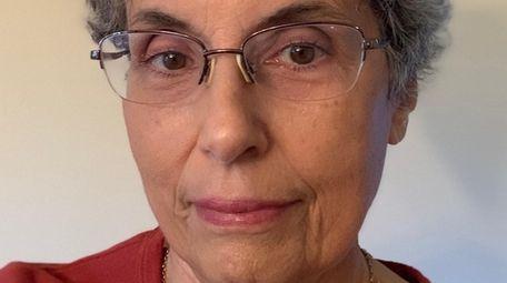 Elizabeth Bass, a former Newsday editor, is director