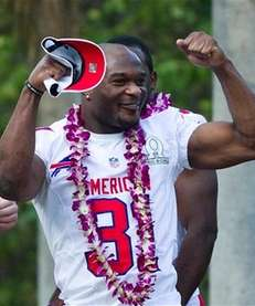 Buffalo Bills free safety Jairus Byrd flexes his