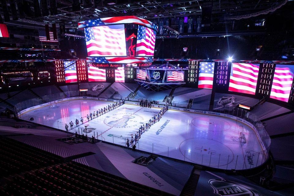 New York Islanders and New York Rangers line