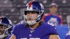 Giants offensive guard Nick Gates signed a two-year
