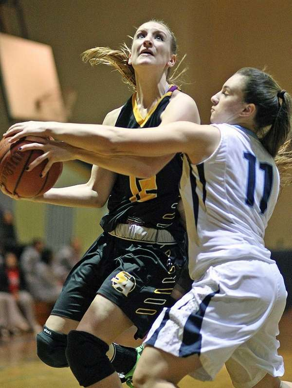 St. Anthony's Rebecca Musgrove gets covered by Alexa
