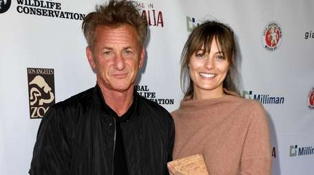 Actor Sean Penn has reportedly married actress Leila