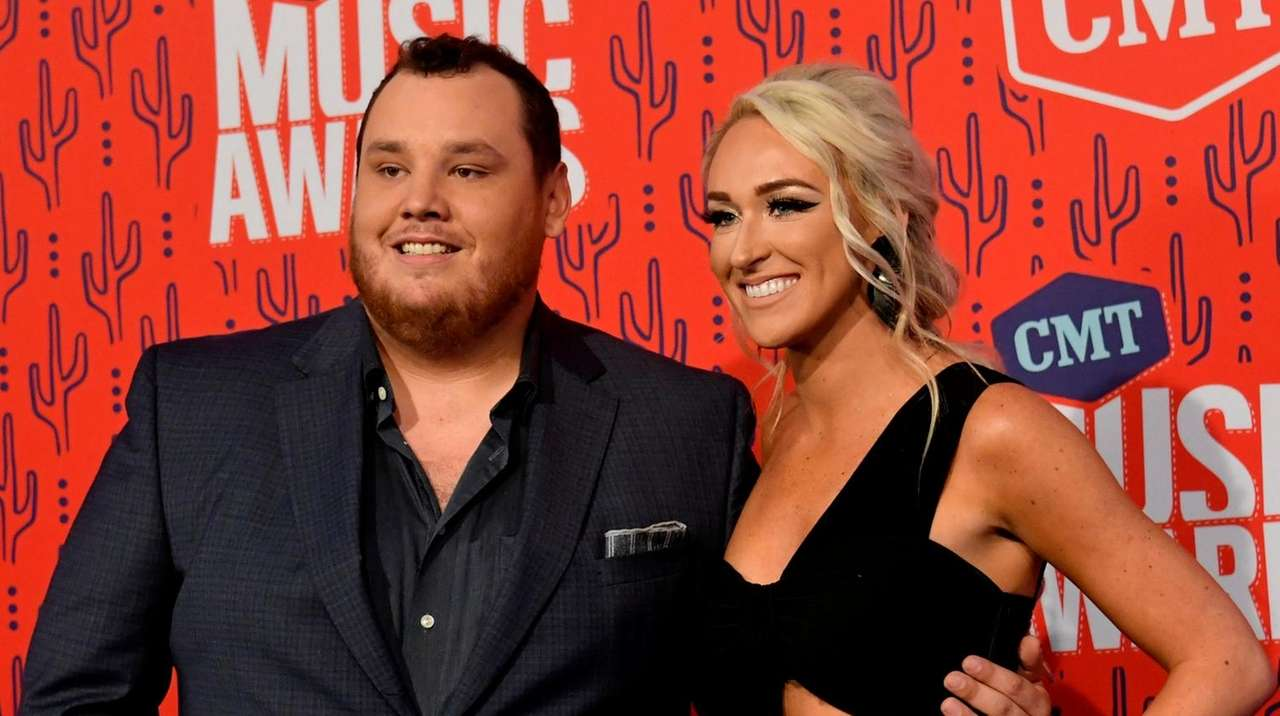 Country Music Star Luke Combs Marries Nicole Hocking In Fla Ceremony Newsday