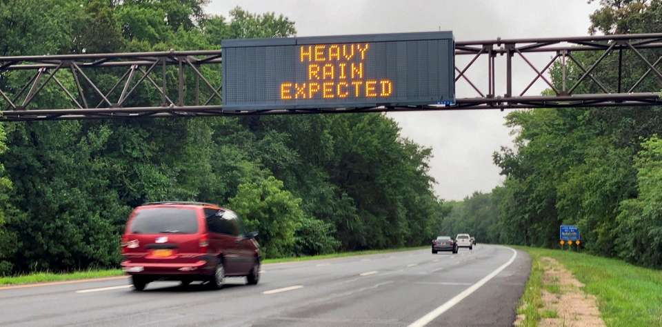Motorists on the Meadwbrook Parkway are notified by