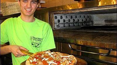 Jay Astafa and his award winning vegan pizza