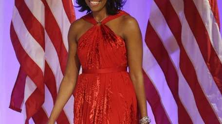 Michelle Obama arrives at the Inaugural Ball wearing
