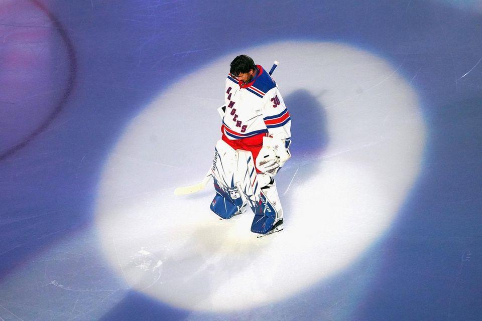 Rangers goalie Henrik Lundqvist prepares to start against