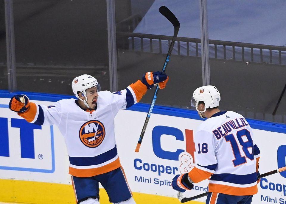 New York Islanders center Jean-Gabriel Pageau (44) celebrates