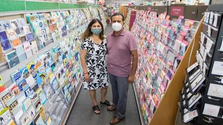 Dave and Pinky Patel, owner of Setauket Gifts