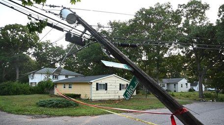 A pole down on Avenue J and Lake