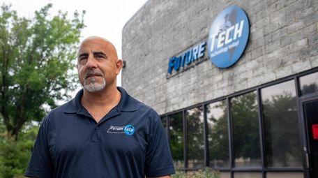 FutureTech CEO Bob Venero prefers an in-office model.