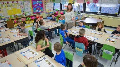 Donna Villez teaches her second grade class about