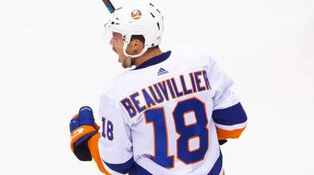 Islanders left wing Anthony Beauvillier celebrates his goal