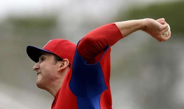 Philadelphia Phillies starting pitcher John Lannan delivers a