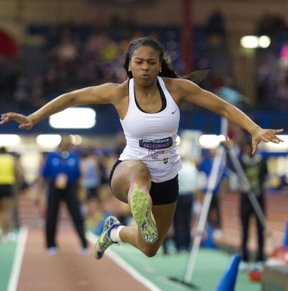 Bay Shore's Anisa Toppin jumps 39 feet and