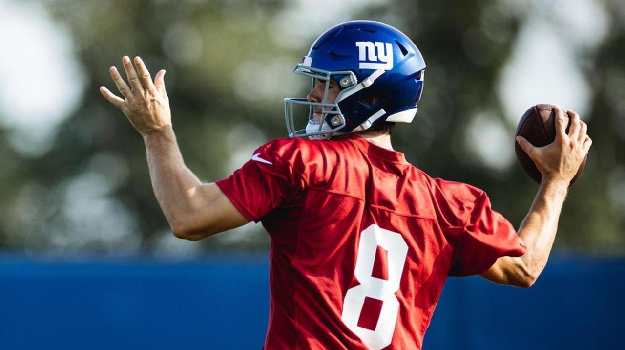 Photos: Giants training camp