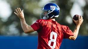Giants quarterback Daniel Jones participates in training camp