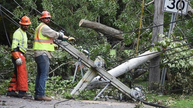 Work crews on scene in Shoreham clearing down