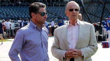 Mets COO Jeff Wilpon, left, and majority owner