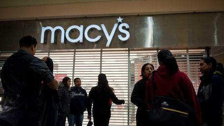 Retailer Macy's will host a job fair to