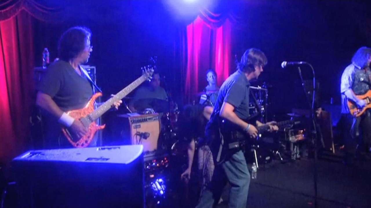 Half Step is a Grateful Dead tribute band