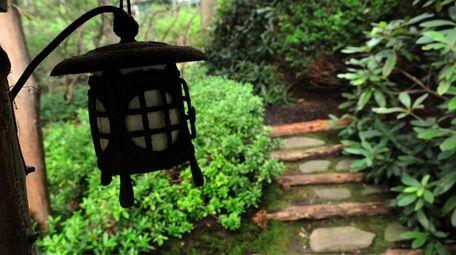 John P. Humes Japanese stroll garden in Mill