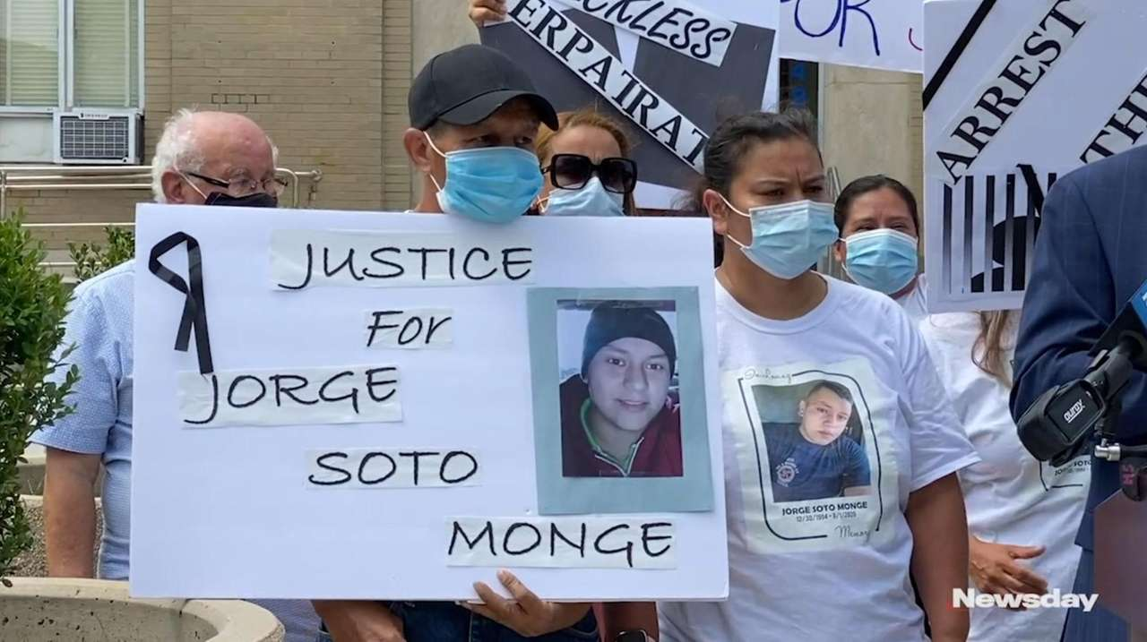 The family of Jorge Soto Monge says Nassau