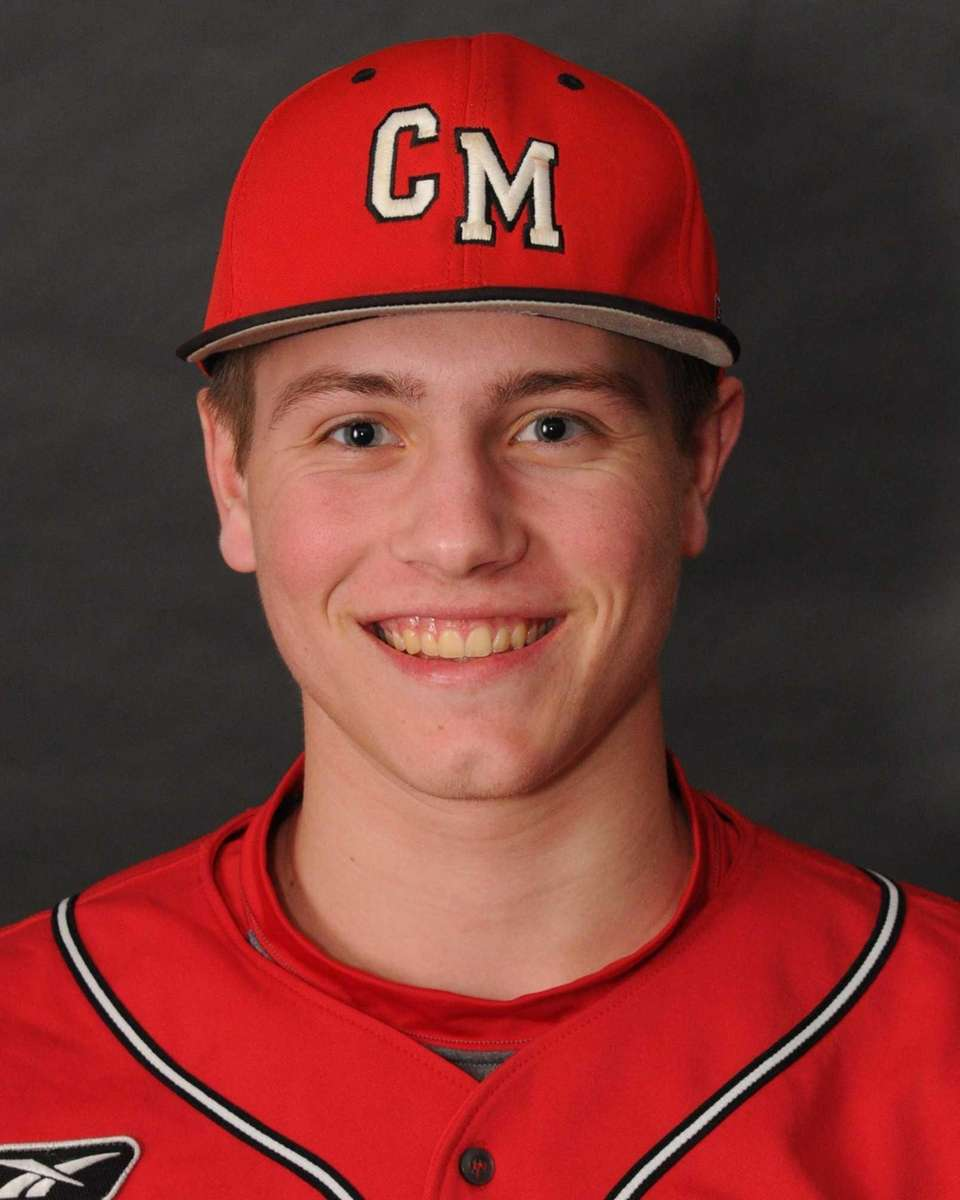 PAT BRYANT Center Moriches, SS/P, Jr. The 6-4