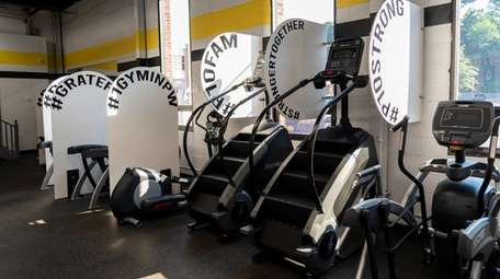 Power 10 Gym in Port Washington is opening