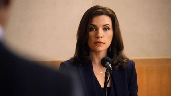 Alicia (Julianna Margulies) prepares to help defend a