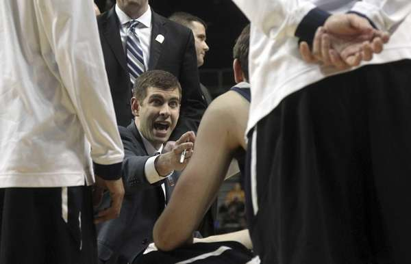 Butler head coach Brad Stevens gives his team