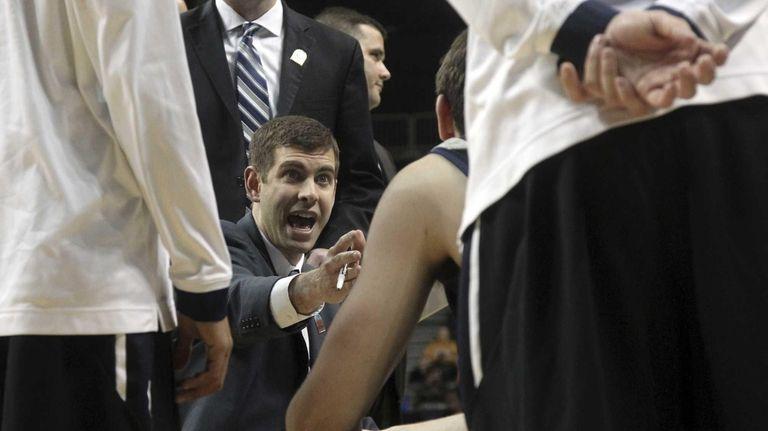 Butler head coach Brad Stevens gives his team