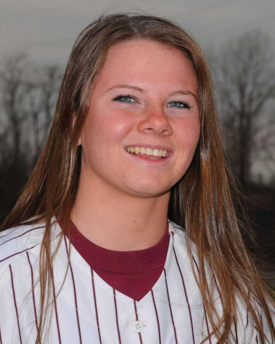 COURTNEY SYRETT Bay Shore, C, Sr. An all-around