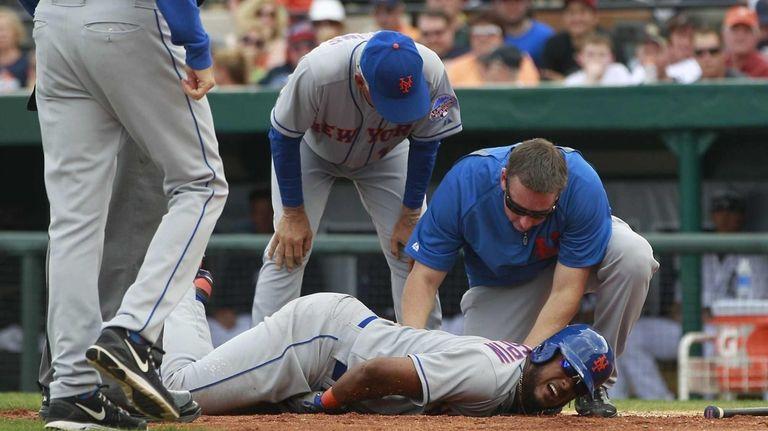 Mets left fielder Jordany Valdespin reacts after being
