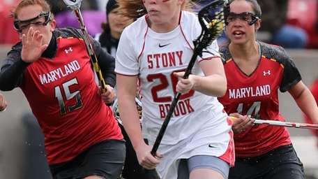Stony Brook's Claire Petersen sprints past Maryland defenders