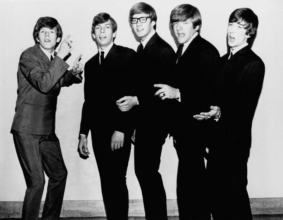 English pop group Hermans Hermits, pose in 1965.