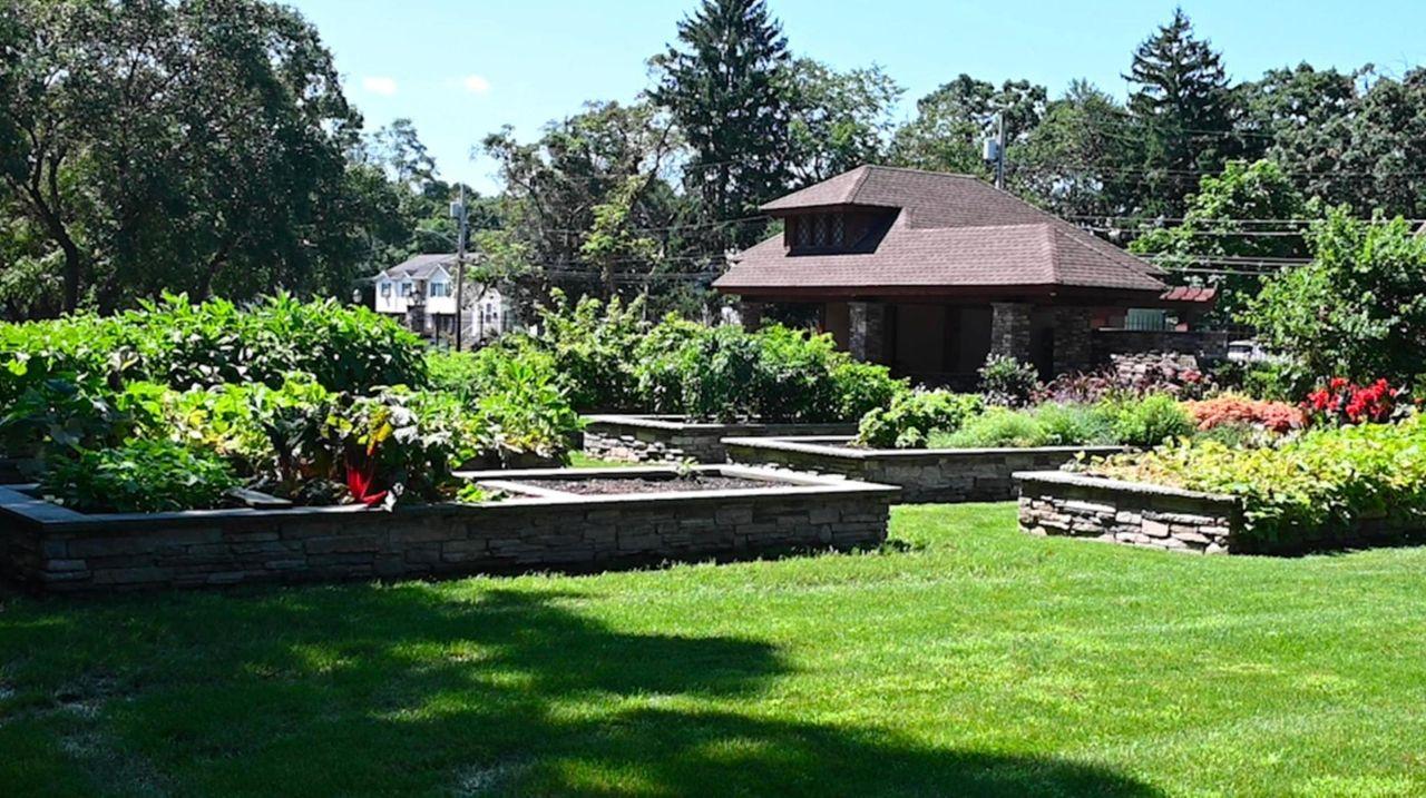 The Carlls River Botanical Garden in Geiger Park