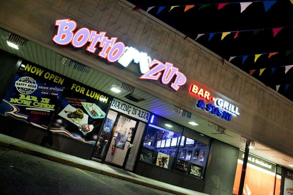 Bottomz Up Bar and Grill in Carle Place.