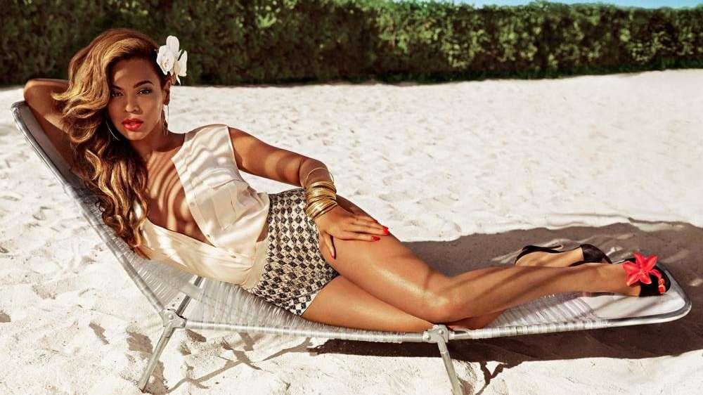 Beyoncé in an ad for H&M's new summer