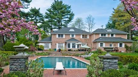 An Oyster Bay Cove home, now on the