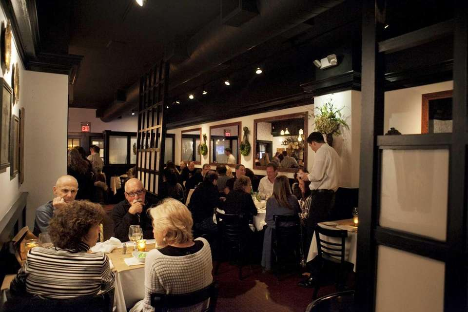 Patrons dine at Heirloom Tavern. (March 2, 2013)