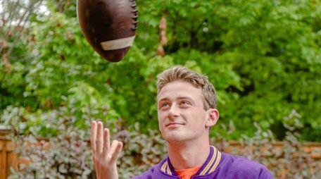 Sean O'Toole, the varsity quarterback at Oyster Bay