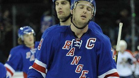 Ryan Callahan of the New York Rangers reacts