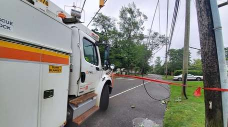 PSEG on Pulaski Road in Huntington Station responding