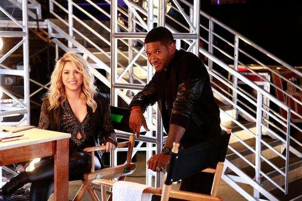 Judges Shakira and Usher backstage at