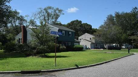 Homes on Crestwood Road. Once an equestrian community,