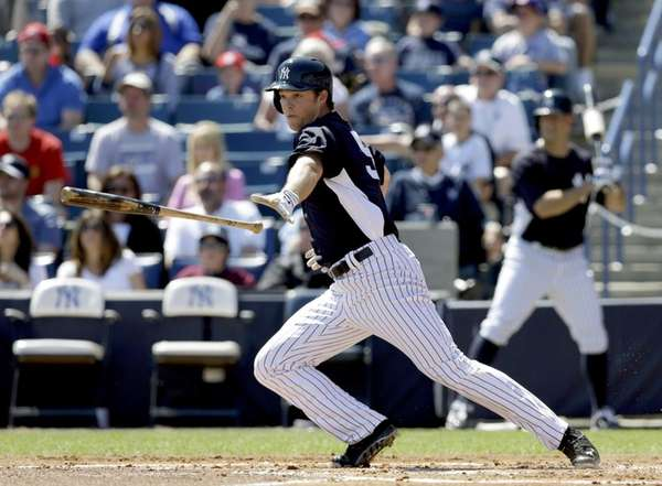 Yankees' Brennan Boesch bats against the Philadelphia Phillies