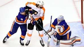 Islanders goalie Thomas Greiss made 36 saves in his